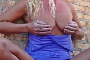 NatalieK xxx porn upskirt panties outdoors